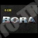 Emblemat , logo, napis BORA  na karoserię, na tylną pokrywę bagażnika